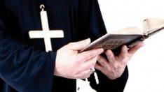 Ercüment Ekrem Talu Papazın Duası Hikayesi