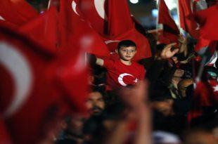 Türkiye'nin Darbeler Tarihi ve 15 Temmuz Milli İrade Zaferi Hikaye Örneği